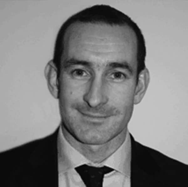 Jon Dearing Consultant Orthopaedic And Sports Injury Surgeon at Glasgow Medical Rooms