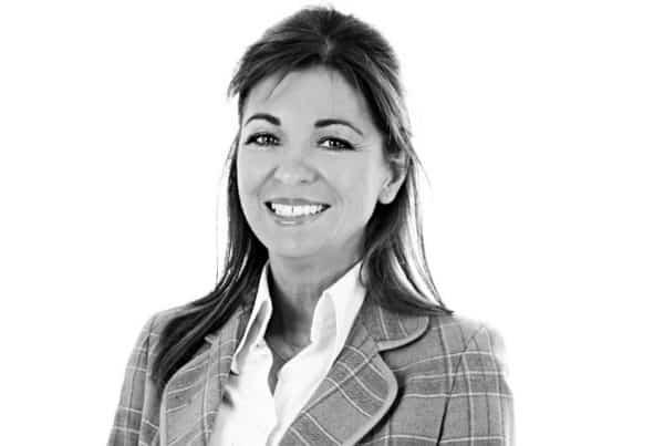 Dr Sheila O'Neil